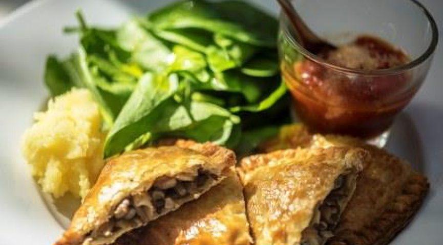 Ресторанная диета для карьеристок: что заказывать на ланч