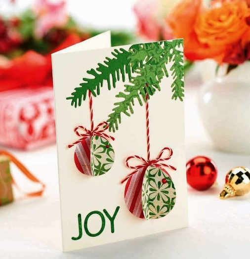 Новогодняя открытка с елочными шарами скрапбукинг